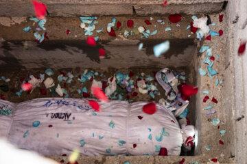 تشییع و خاکسپاری شهید گمنام دوران دفاع مقدس در اهواز