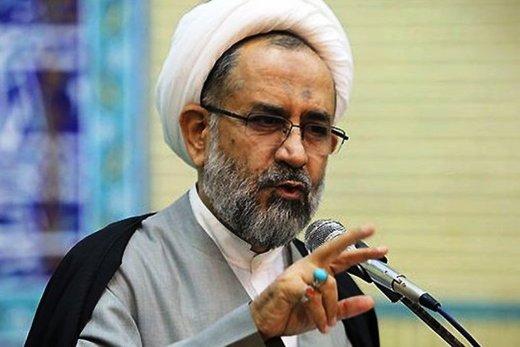 حملات تند مصلحی به احمدی نژاد: او اصلا تهدیدی برای نظام نیست،مساله را بزرگ نکنید /رأیی که سال ۸۴ و ۸۸ آورد بخاطر اعتبار رهبری بود/احمدی نژاد زرنگی کرد